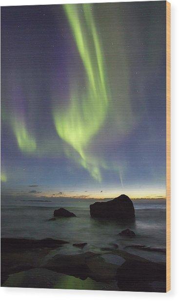 Aurora At Uttakleiv Wood Print