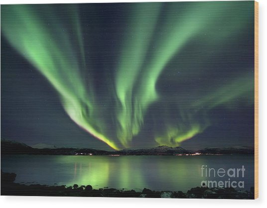 Wood Print featuring the photograph Aurora Borealis Over Tjeldsundet by Arild Heitmann