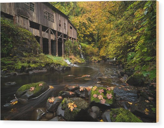 Autumn At The Grist Mill Wood Print