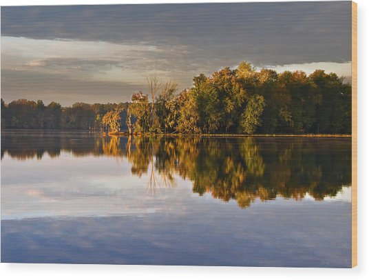 Autumn Colors On The Savannah River Wood Print by Michael Whitaker
