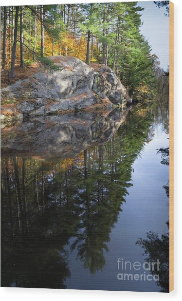 Autumn Reflections At Runaround Pond In Durham Maine  -20224 Wood Print