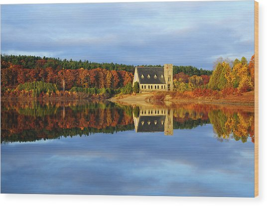 Autumn Sunrise At Wachusett Reservoir Wood Print