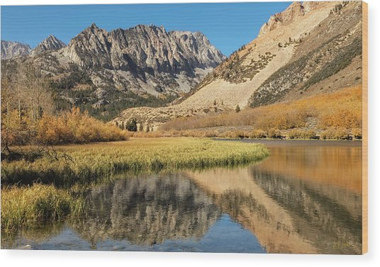 Wood Print featuring the photograph Autumn View At North Lake by Stuart Gordon