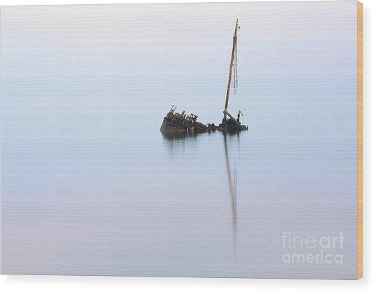 Ayrshire Shipwreck In Sunrise Ref3342 Wood Print