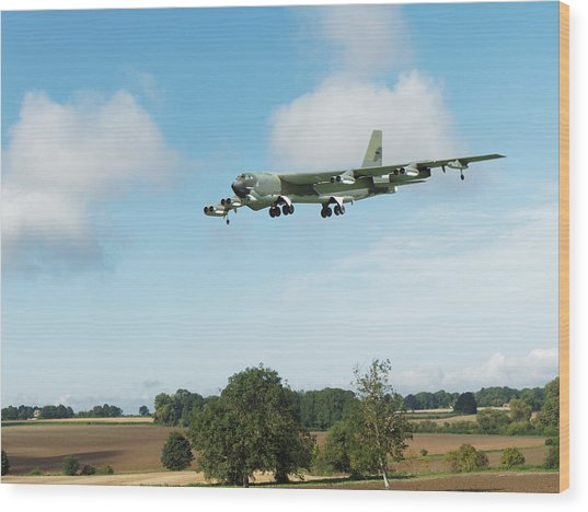 B52 Stratofortress Wood Print