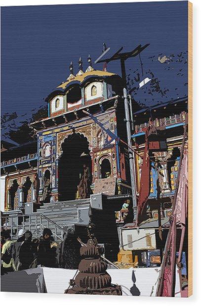 Badrinath Temple 1 Wood Print by Padamvir Singh
