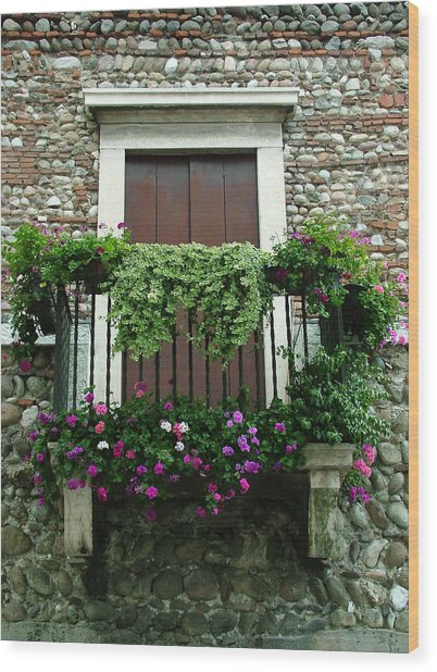 Balcony On Pebbled Wall Wood Print
