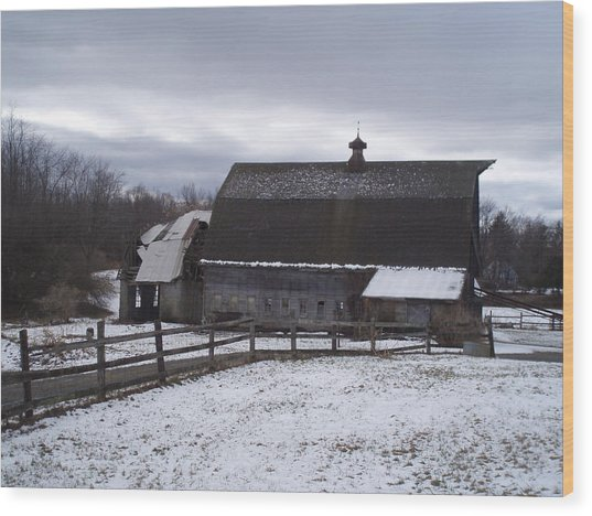 Barn Near New Paltz Ny Wood Print