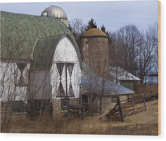 Barn On 29 Wood Print