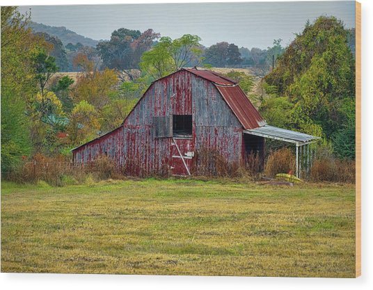 Barn On White Oak Road Wood Print