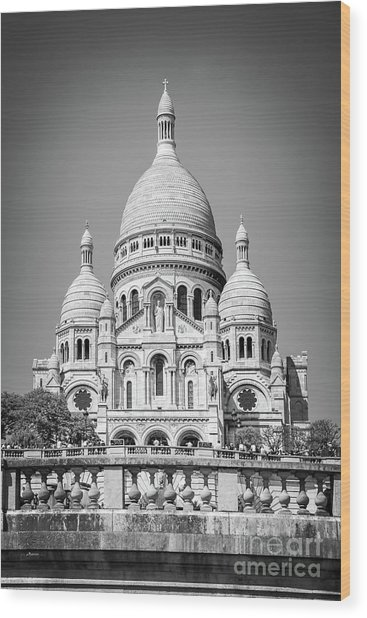Basilica Of The Sacred Heart In Montmartre Wood Print