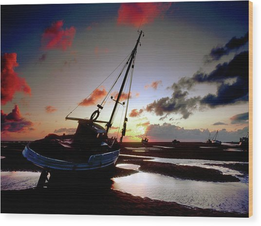 Beach At Sunset Wood Print