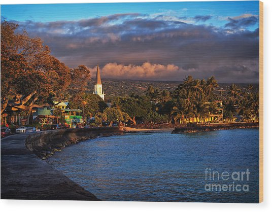 Beach Town Of Kailua-kona On The Big Island Of Hawaii Wood Print
