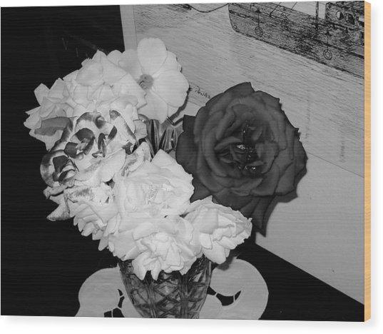 ..beauty In Black And White.... Wood Print by Adolfo hector Penas alvarado