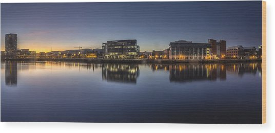 Belfast Near The Docks Wood Print