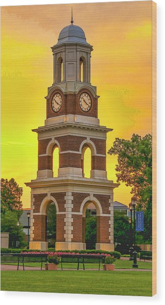 Bell Tower At Christopher Newport University C N U Wood Print
