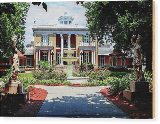 Belmont Mansion Wood Print