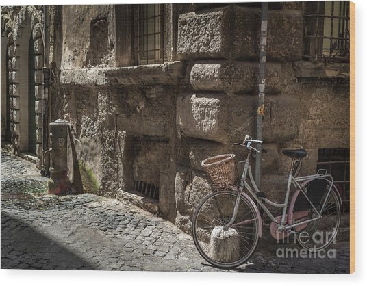 Bicycle In Rome, Italy Wood Print