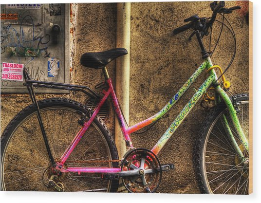 Bicycle In Trastevere Wood Print by Brian Thomson