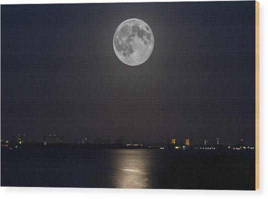Big Moon Over The Bay Wood Print