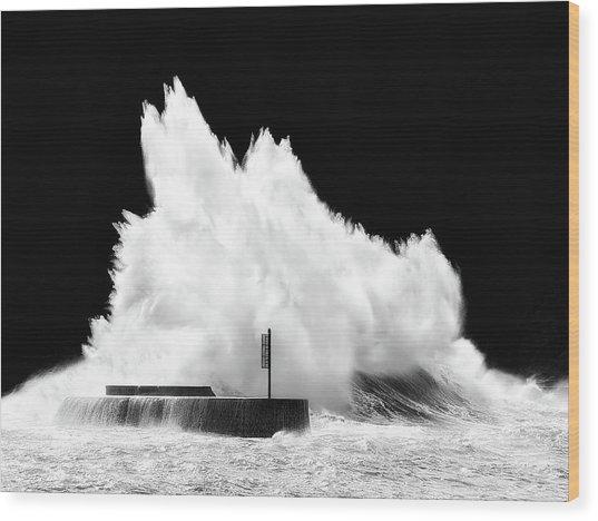 Big Wave Breaking On Breakwater Wood Print