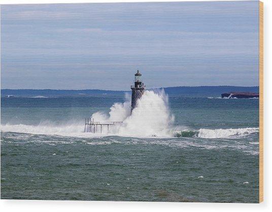 Big Wave Hits Ram Island Ledge Light Wood Print