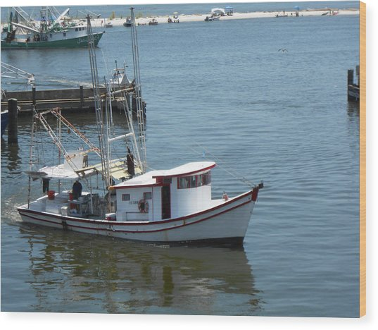 Bilouxi Shrimp Boat Wood Print