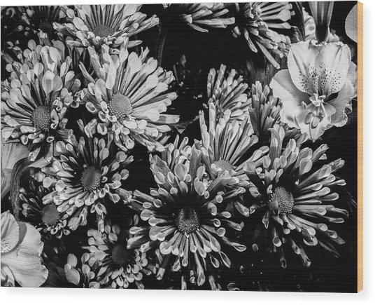Black And White Bouquet Wood Print