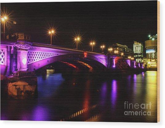Blackfriars Bridge Illuminated In Purple Wood Print