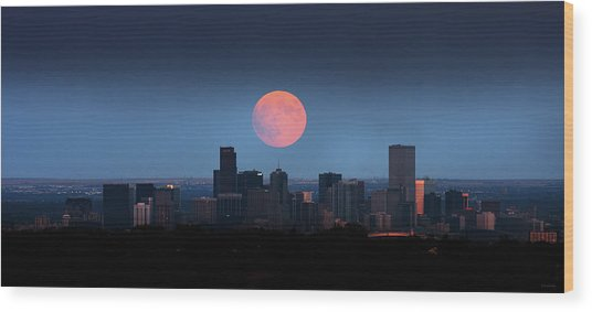 Blood Moon Over Denver Wood Print