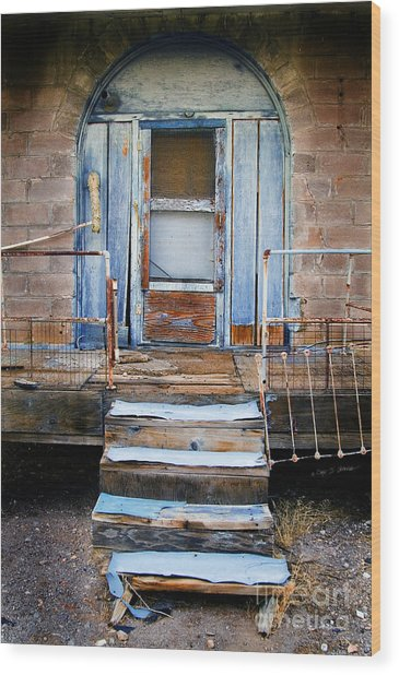 Blue Door Of Riley Wood Print