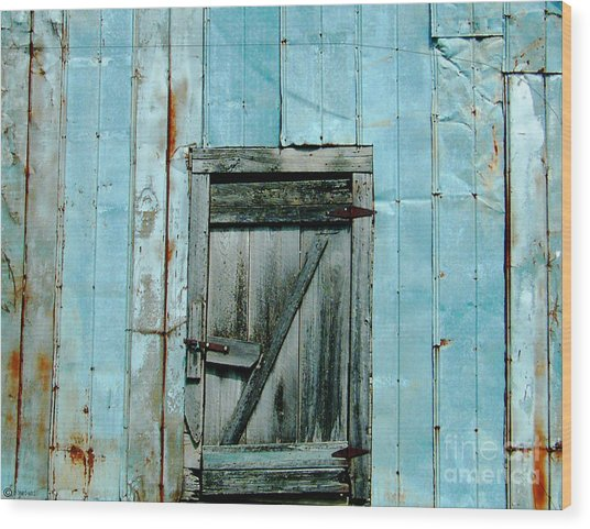 Blue Shed Door  Hwy 61 Mississippi Wood Print