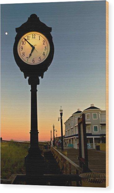 Boardwalk Clock With Rising Moon. Bethany Beach. Wood Print