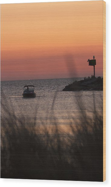 Boat Arriving At New Buffalo Harbor Wood Print by Christopher Purcell