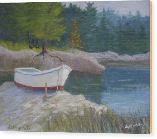 Boat On Tidal River Wood Print