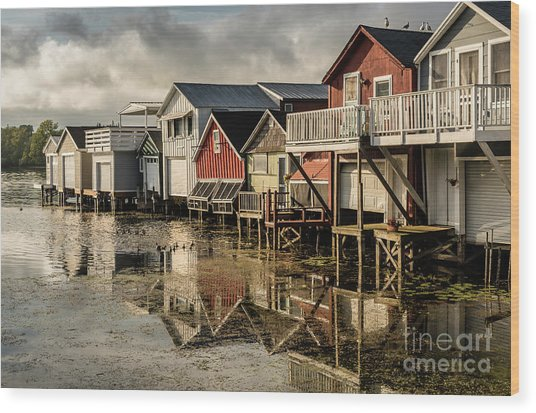 Boathouse Reflections Wood Print