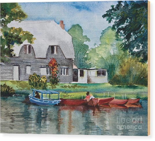 Boating In Essex Uk Wood Print by Dianne Green