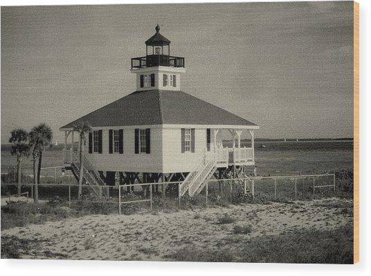 Boca Grande Lighthouse Wood Print by Lois Lepisto