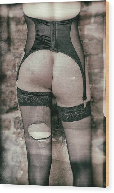 Body #3679 Wood Print