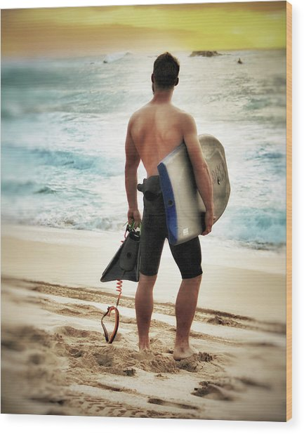 Boggie Boarder At Waimea Bay Wood Print