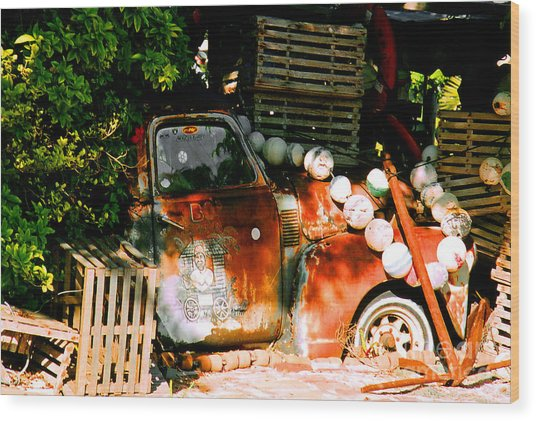 B.o.'s Fish Wagon In Key West Wood Print
