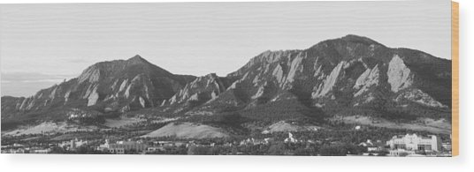 Boulder Colorado Flatirons And Cu Campus Panorama Bw Wood Print