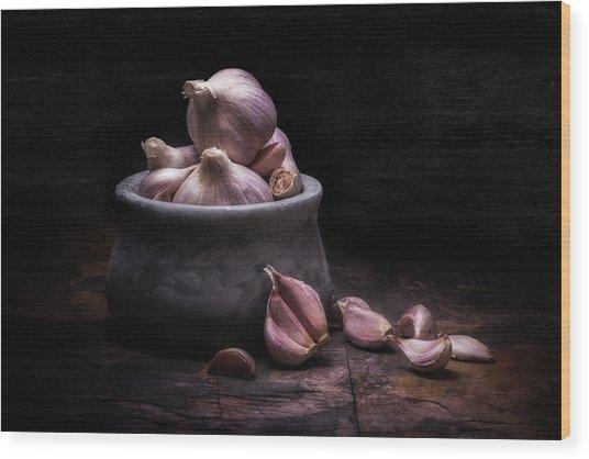 Bowl Of Garlic Wood Print