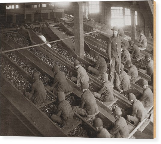 Breaker Boys Lehigh Valley Coal Co Maltby Pa Near Swoyersville Pa Early 1900s Wood Print