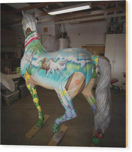 Breeders Cup Fiberglass Horseleft Back Wood Print