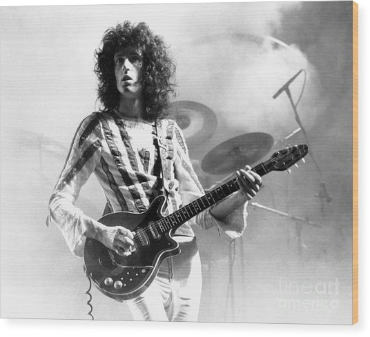 Brian May Of Queen 1975 Wood Print