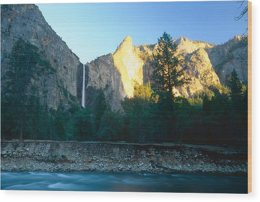 Bridal Vail Falls Sunset Wood Print by George Oze