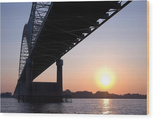 Bridge Over Mississippi River Wood Print