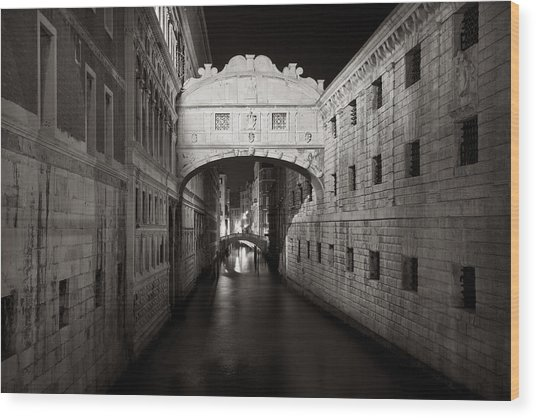 Bridge Of Sighs In The Night Wood Print
