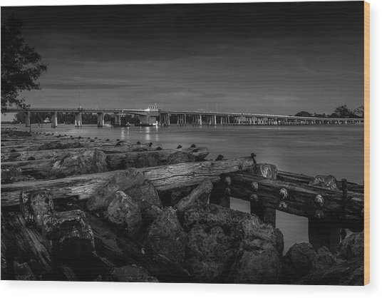 Bridge To Longboat Key In Bw Wood Print